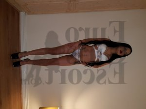 Lincia nuru massage in James Island